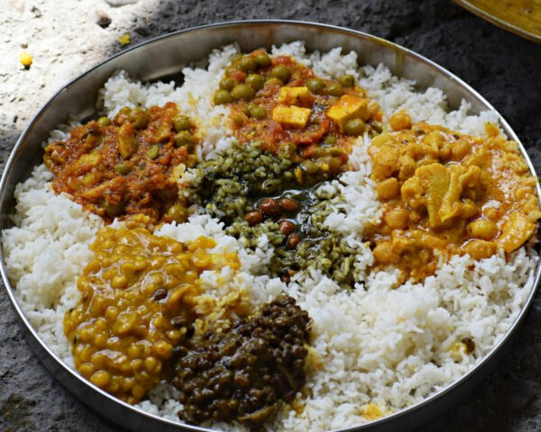 rice and curry in large platter