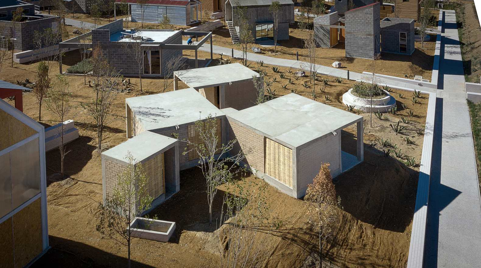 Rural, modular home in Mexico allows for a wide variety of configurations