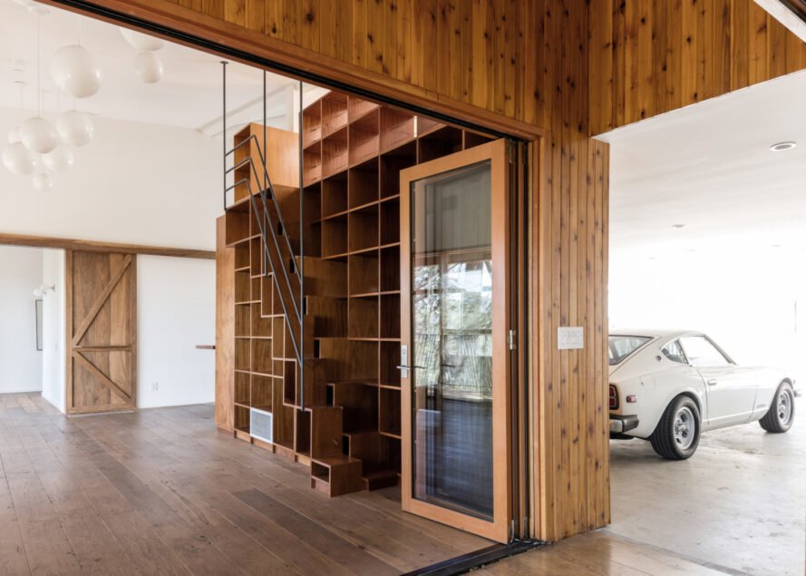 entryway to home through garage