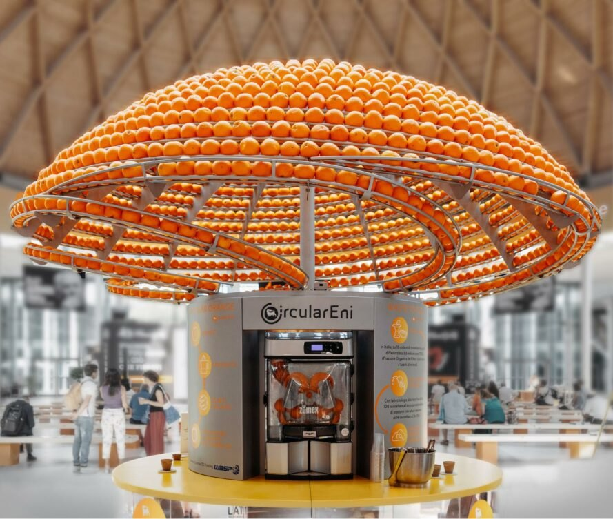 orange juice machine with large dome