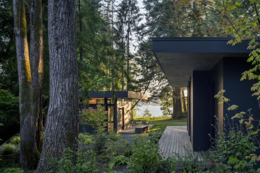 A cluster of coast forest cabins brings a nature-loving family