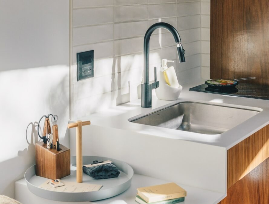 ADA compliant kitchen sink and countertop