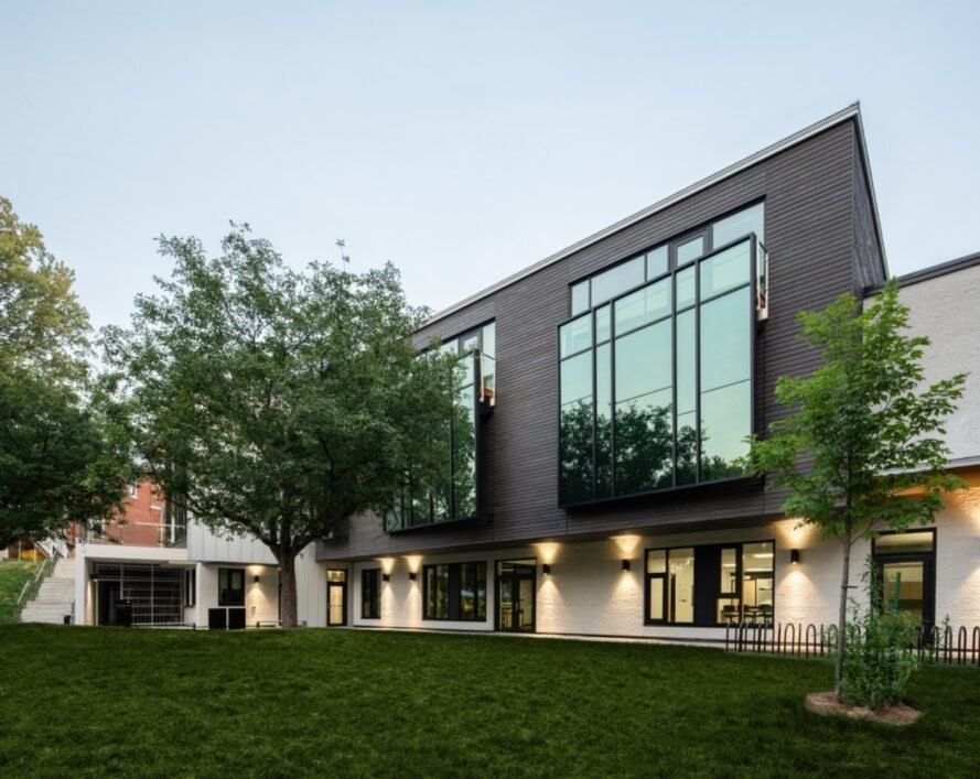 LEED Gold-seeking wildlife center emphasizes energy conservation in