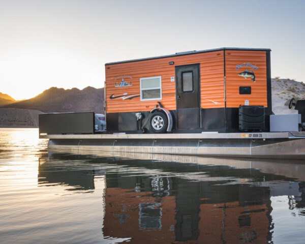tiny home house boat on water