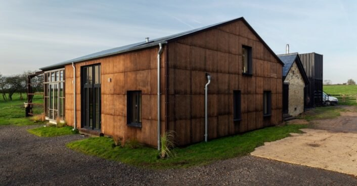 Zero-carbon home uses hemp fiber for innovative design