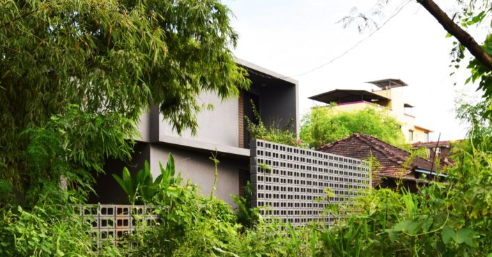 Energy-efficient Indian home features beautiful greenery