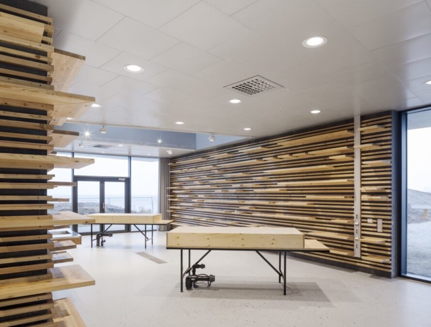 walls with wood slats and wood tables