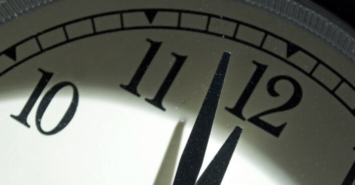 Scientists announce the Doomsday Clock is within 100 seconds to midnight
