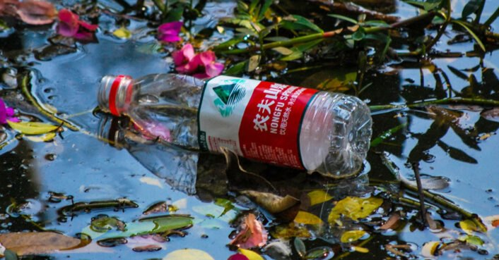 China plans to phase out single-use plastics by 2025