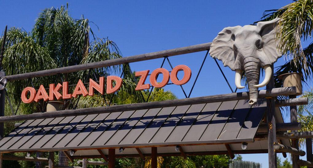 Oakland Zoo entrance