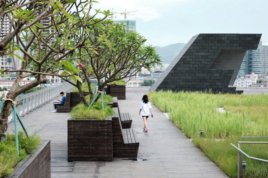 Green-roofed theater in Shenzhen raises the bar for civic architecture