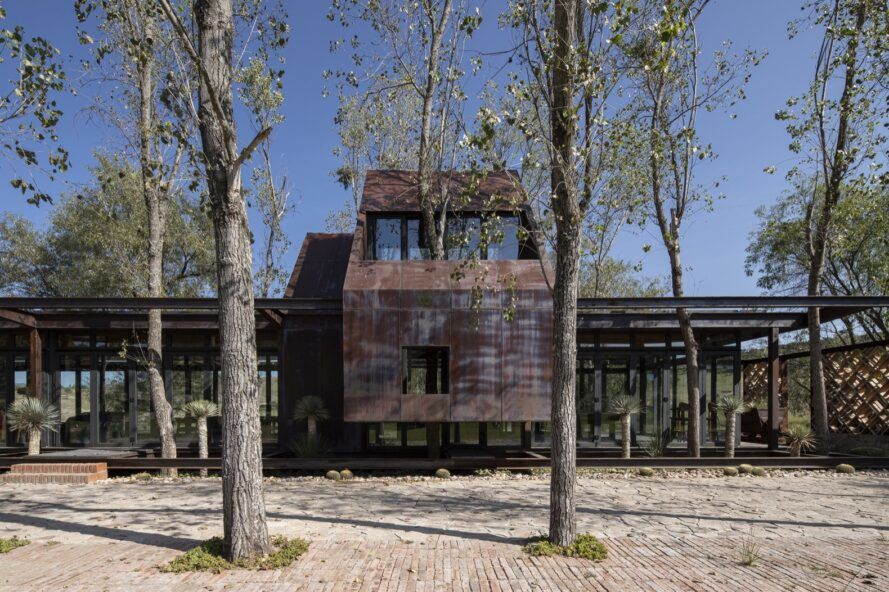 Rainwater-capturing holiday home is an extension of the landscape