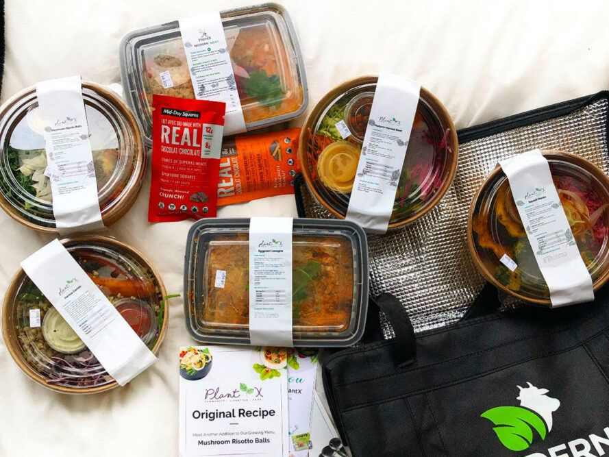 meal delivery items near black reusable bag