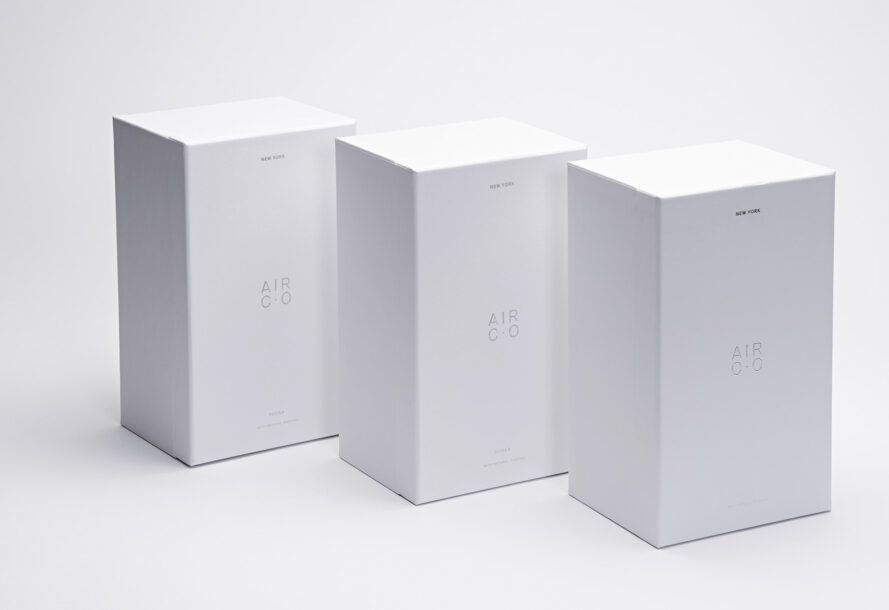 A line of three white boxes.