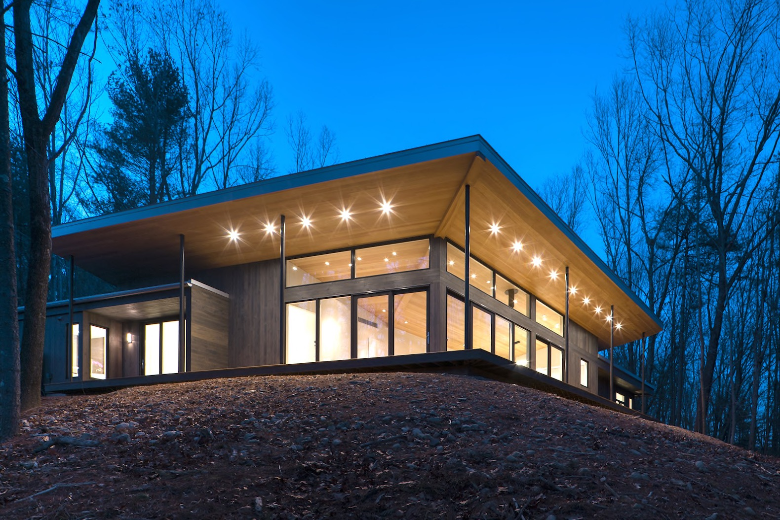 Eco-friendly timber home glows like a lantern in the Hudson Valley