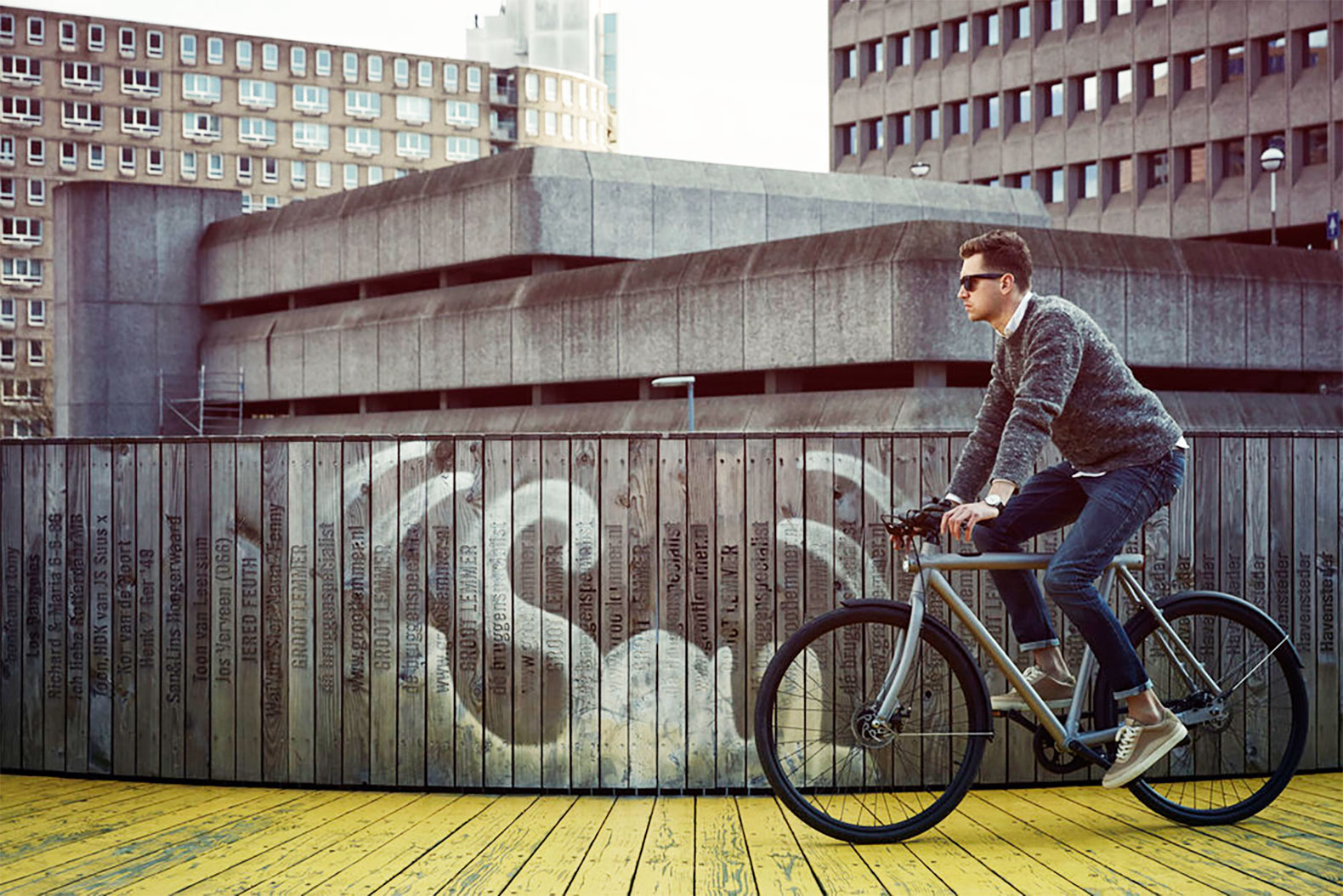 VanMoof launches new SmartBike that