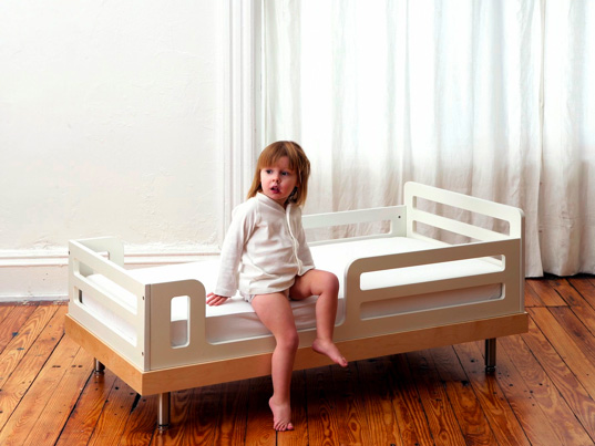 Oeuf Eco-friendly Convertible Crib, Oeuf Classic Collection, Oeuf Classic Crib, Oeuf Classic Dresser, Sustainable Kids Furniture, Sustainable Baby Furniture, Moderntots, Inhabitots, Toddler Bed Conversion Kit, Convertible crib, Convertible Crib, Toddler Bed, Sustainable Furniture