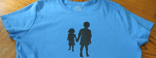 Make a customized silhouette t-shirt, how to, silhouette t-shirt, andrea mcmann