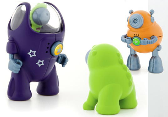 fastronauts, greener gadgets design competition, sustainable design, green toy, educational toy, renewable energy toy, eco super hero, eco-friendly action figure