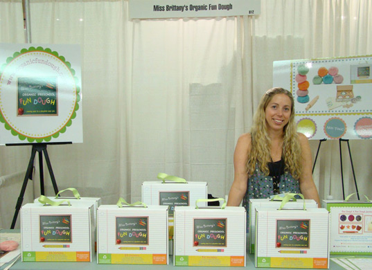 ms. brittany's booth, the baby show nyc, green babies 101, ms. brittany, organic playdough, wee go bottles, dr weil bottles, tane organics, tane, baby clothing, somebubby onesies