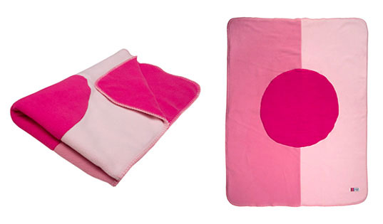 October breast cancer awareness, breast cancer awareness campaign, breast cancer awareness month, breast cancer donations, eco-friendly baby, Giggle think pink fleece blanket, think pink breast cancer awareness, shop for the cure, cuddlywrap, reusable bags, ballerina tutu for breast cancer awareness