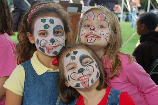 face painting, face paints, halloween face painting, kids face paints, lead found in children's face paints, lead in face paints, non-toxic face paints, safety of children's face paints