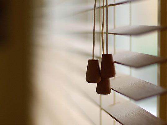 nursery safety, product recalls, roll-up blinds, roman blinds, roman shades, recall on roman shades and roll-up blinds, cpsc