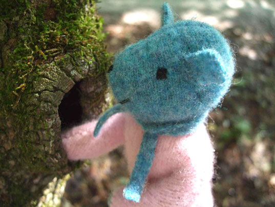 inhabitots interview in 5, pogo, pogo sweater animals, laura ray, green design for kids, sustainable design for kids, sustainable design, green design, handmade plush, handmade toys, eco friendly plush