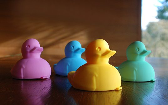 Pop Art DANO Ducki for Non-Toxic Bath Time Fun | Inhabitots