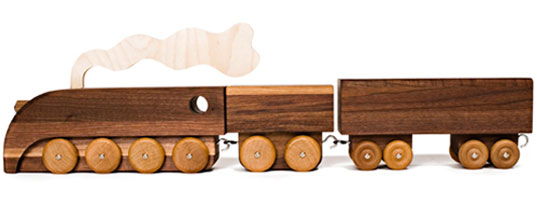 how to make toy train at home