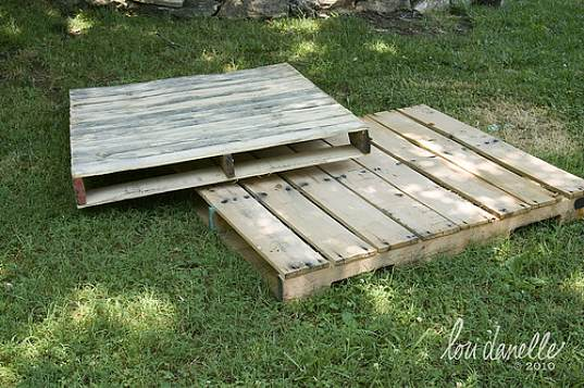 Cute Toddler Bed Made From Shipping Pallets