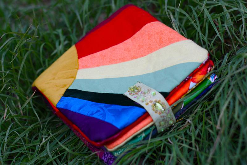 homemade baby book of colors | Inhabitots