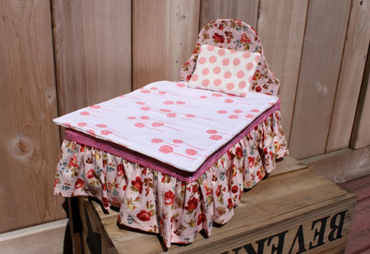 How To Make A Diy Baby Doll Bed Using A Clementine Box Inhabitots