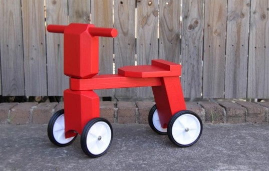 The Grizzly, taika, eco-friendly toys, green bikes, green bike for kids, green ride-on toy, green tots, eco tots, green design for kids, eco bikes