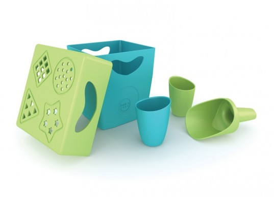 zoe b organics, eco friendly beach toys, biodegradable beach toys