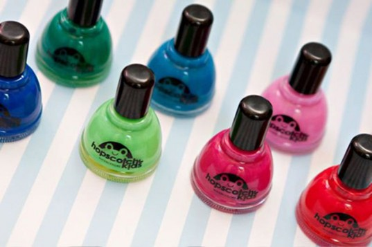 chemical-free nail polish, eco nail polish, green nail color, green nail polish, nail color, non-toxic nail polish, nail polish for kids, kids nail colors, safe nail polish, Halloween nail polish, less toxic nail polish