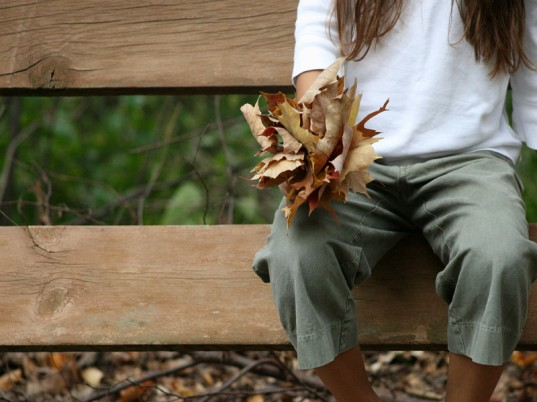 eco kids, green kids, sustainable living, green design, jennie lyon, fall activities