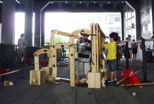 Cas Holman, High Line, High Line Park, High Line Children's Workyard Kit, green design for kids, eco design for kids, eco play structures for kids, green interative play structures for kids, eco playground