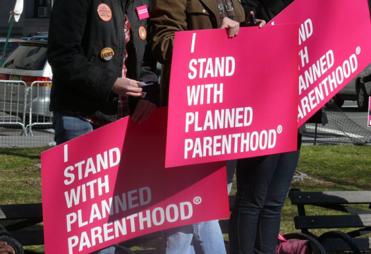 planned parenthood, Susan G. Komen, Komen, breast cancer screening, breast cancer funding, anti-abortion, abortion rights, pro-choice, pro-life, breast cancer research, women advocates