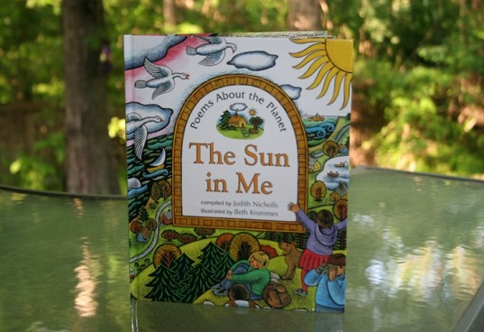 green book, earth day books, earth poetry, green poetry, the sun in me