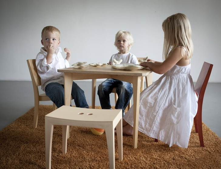 Beck To Nature SIXKID Table And Grasshopper Chair Set Is Perfect For  Mealtime, Crafts Or Play | Inhabitots