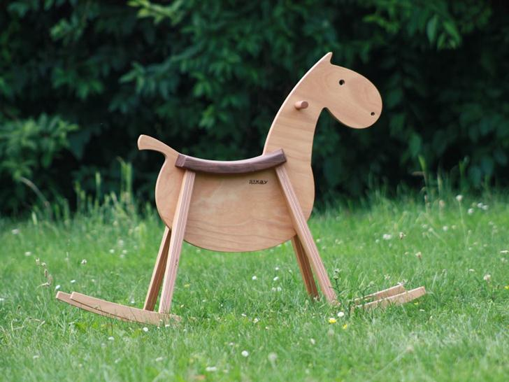 Beck To Nature Rocking Horse Offers A Smooth And Natural Ride For