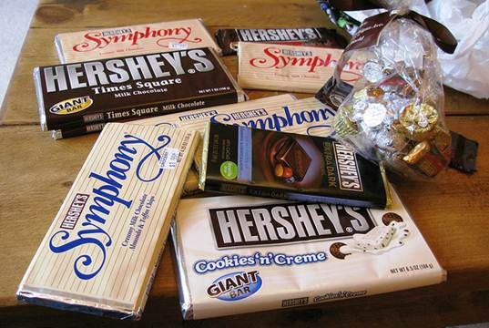 child trafficking, Fair Trade certified chocolate, forced labor, halloween candy, Hershey, Whole Foods, Hershey child labor, Hershey chocolate