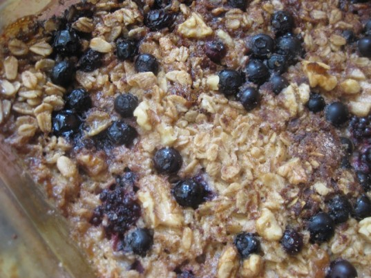 baked oatmeal, healthy breakfasts, breakfast, sustaining breakfast, kid friendly eats