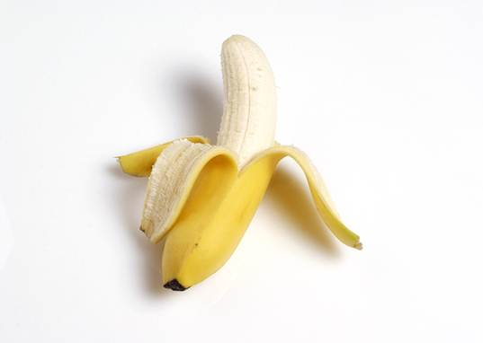 non-vegan bananas, vegan bananas, rotting bananas, fruit spray, chemicals in food, vegan diet