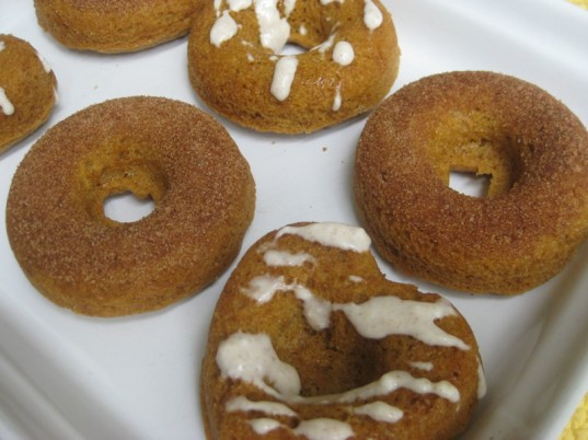 how-to, vegan donuts, gluten-free donuts, pumpkin donuts, holiday recipe