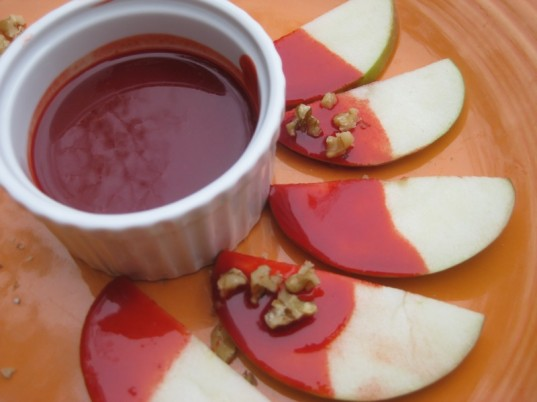 bloody caramel apple slices, green Halloween, Halloween snacks, green holiday