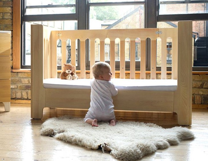Bloom S Alma Max Crib Features Newborn To School Age