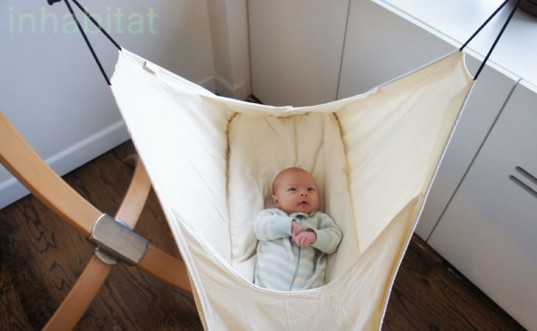 hushamok baby bassi  swinging baby hammock jill fehrenbacher inhabitots baby bassi  inhabitots reviews the hushamok rocking hammock baby bassi       rh   inhabitat