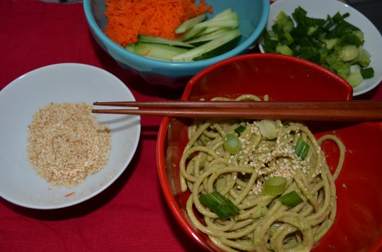 spinach sesame noodles, food, Chinese New Year, green holiday ideas for kids